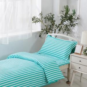 Draps ,housse de couette et taie d'oreiller pour lit médical