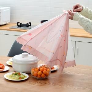 Bouclier anti-mouche pour aliments et autres